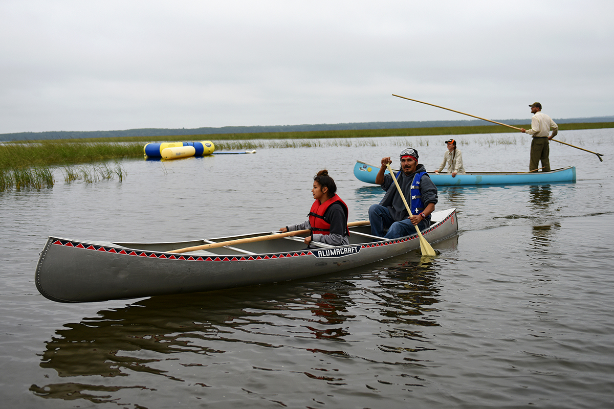 Canoes Ricing
